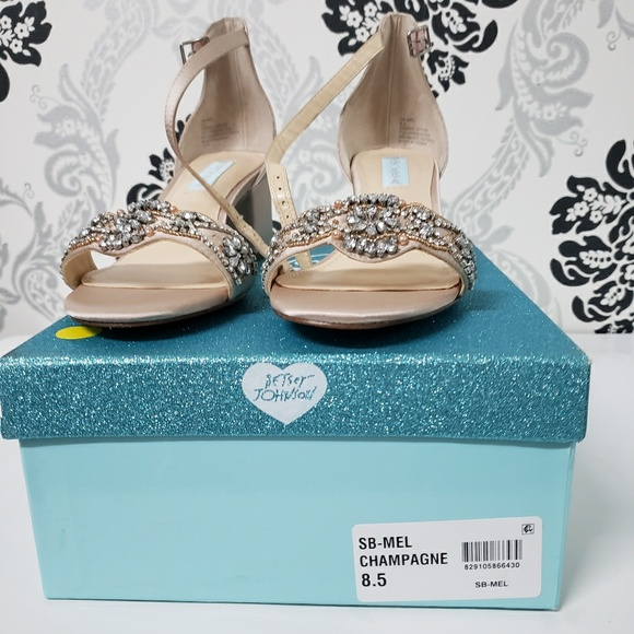 544088edadf5 Betsey Johnson Mel Block-Heel Sandals